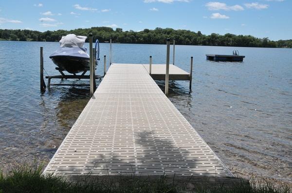 lakefront-living-realty-lake-21.jpg